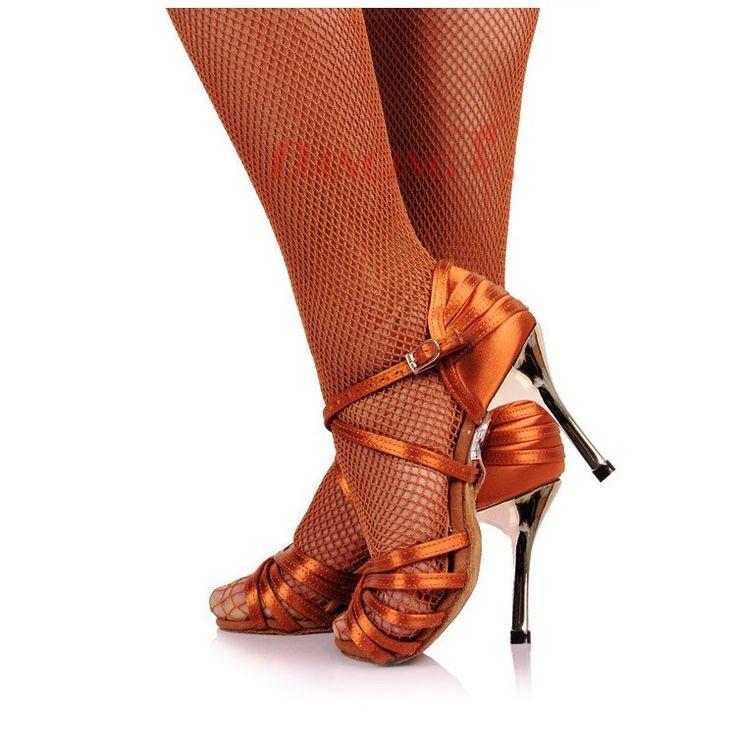 """""""Touch of Luxury"""" - Latin Tanzschuhe Damen mit einem Hauch von Luxus – Shop & Dance"""