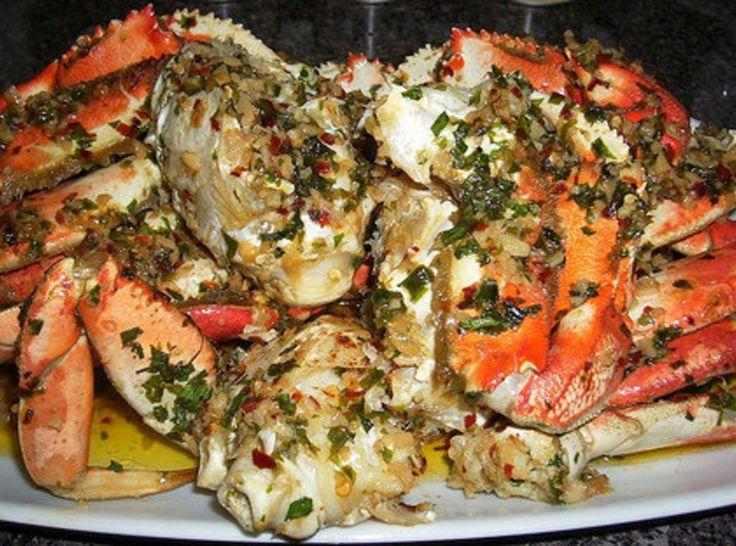 Irish Flag colors...Shell Lickin' Spicy Garlic Crabs