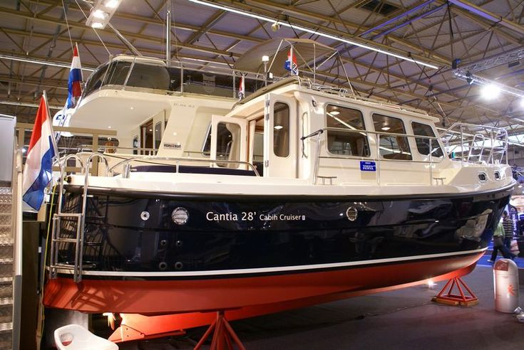 Cantia 28' Cabin Cruiser | Gypsy Wagons | Pinterest | Cabin cruiser and Boating