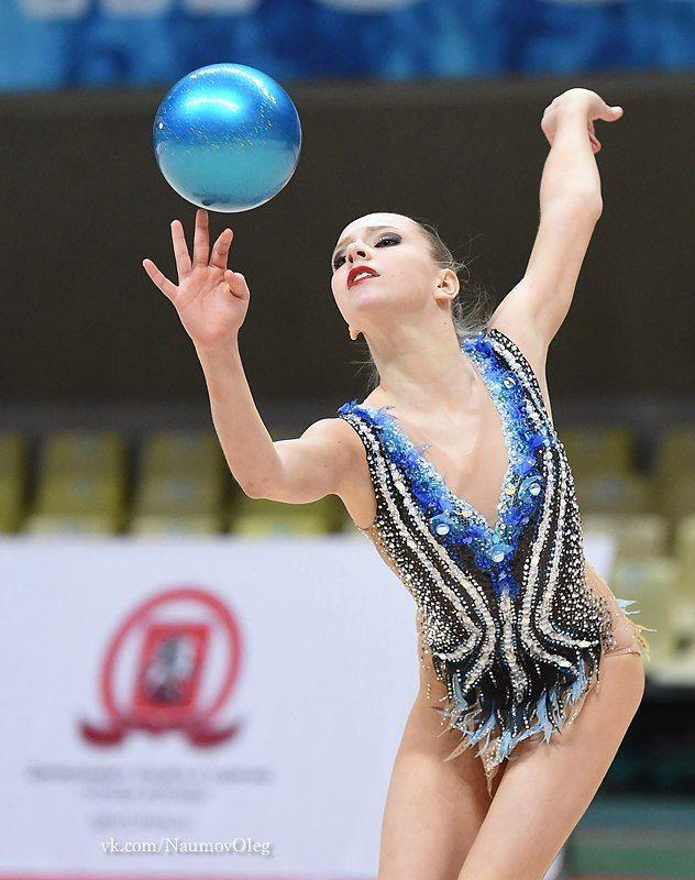 Polina SHMATKO (RUS) Ball