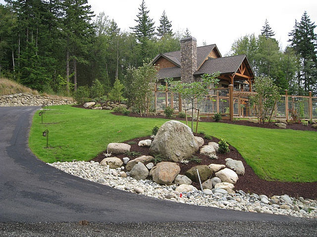 Fresh Driveway Entry Landscaping Ideas