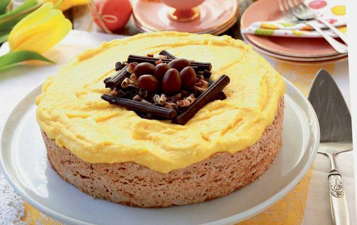 Dessertkage med mandelbund og smørcreme