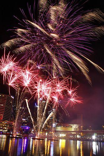 Fireworks @ Darling Harbour  www.pinterest.com/wholoves/Sydney   #sydney #australia