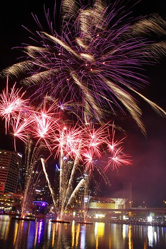 Fireworks @ Darling Harbour  www.pinterest.com/wholoves/Sydney   #sydney #australia