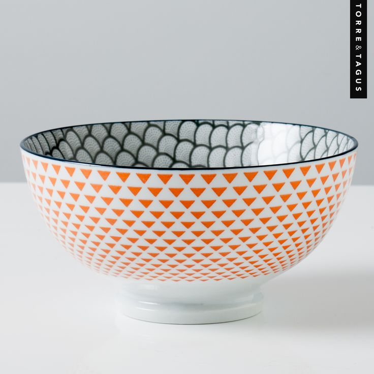 The fun pattern of this Scalloped Kiri bowl perfectly combines the calmness of grey with the vibrancy of orange to create perfect harmony on your tabletop. #TorreAndTagus #ColourYourHome #HomeDecor #KiriBowl www.torretagus.com
