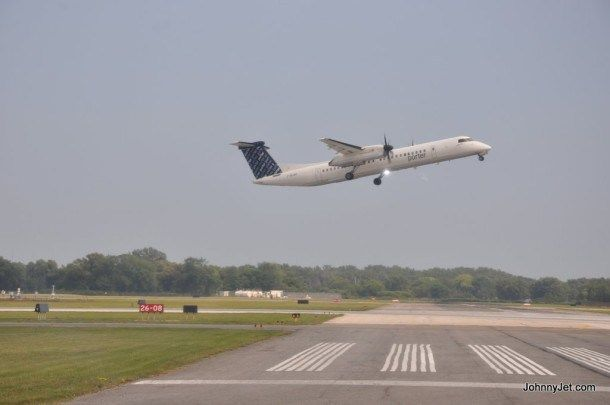 What – s It Like To Fly Porter Airlines – Johnny Jet #cheap #flights #south #africa http://cheap.remmont.com/what-s-it-like-to-fly-porter-airlines-johnny-jet-cheap-flights-south-africa/  #chips ticket airlines # What s It Like To Fly Porter Airlines Porter Airlines Porter Airlines is Canada s third-largest carrier and is based at Billy Bishop Toronto City Airport. The airline currently offers flights to Toronto, Ottawa, Montreal, Quebec City, Moncton, Halifax, St. John's, Thunder Bay, Sault…