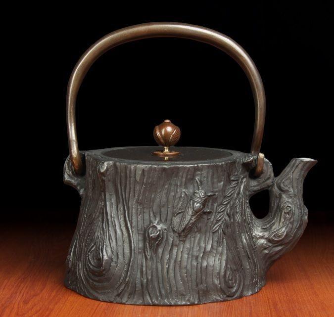 Japanese Iron TEA KETTLE Teapot Nambu Tetsubin Iwachu Hand Made Master Craftsman #NA