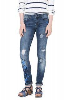 Desigual modré džíny Irene s výšivkami - 2474 Kč