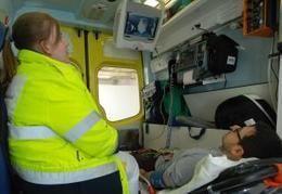 Snellere diagnose van beroerte in ziekenwagens dankzij telegeneeskunde Dagelijks worden in België ongeveer 60 mensen getroffen door een beroerte. Het is de grootste oorzaak van invaliditeit bij volwassenen en de 3de grootste oorzaak van overlijden. Iedereen kan door een beroerte getroffen worden, op gelijk welk moment van de dag. De maatschappelijke kost van beroerte is zeer hoog