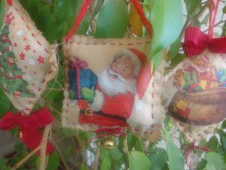 Babùn e altro...: Lavoretti di Natale. Decoupage su stoffa tinta nel caffè.