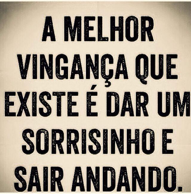 """""""Acho que sou bastante forte para sair de todas as situações em que entrei, embora tenha sido suficientemente fraco para entrar."""" — Caio Fernando Abreu"""