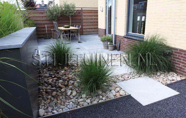 terrasontwerp-stijlvolle-tuinen-moderne-achtertuinen-nieuwbouw-moderne-voortuinen-hoveniersbedrijf-tuinaanleg-hovenier-hoveniers-dordrecht-tuinontwerp-tuinarchitect-rotterdam-foto-modeste-herwig.jpg 1.150×732 pixels