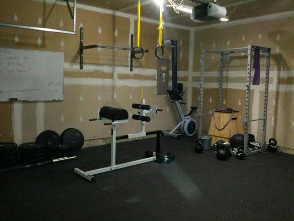 Economy garage gym fitness on a tight budget yet very