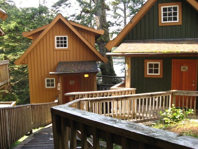 The Espresso's Canadian Road Trip Honeymoon: Perfect place to stay in Ucluelet