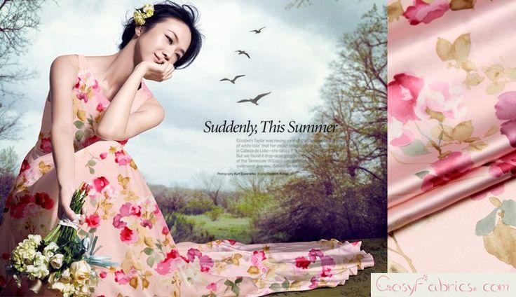 Seta,Raso Crêpe,Motivo floreale,Tessuti moda,rosa di Fabrichome su DaWanda.com