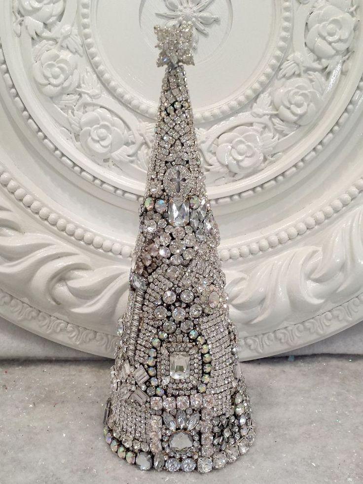 GORGEOUS Vintage Rhinestone Jewelry LARGE Christmas Tree earrings brooch OMG! **