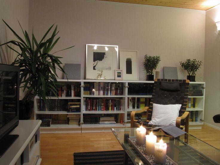 Here´s how Uploud Audio UA1s work in a normal Finnish livingroom.  www.uploudaudio.com