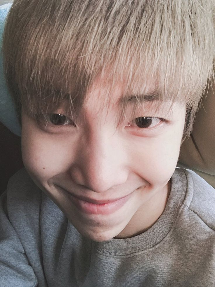 Rap Monster ❤ [BTS Tweet] 2016's end with BTS  (OMG and you got 4 million followers on Twitter on new years eve! CONGRATULATIONS! Handsome Namjoonie as always ) #BTS #방탄소년단