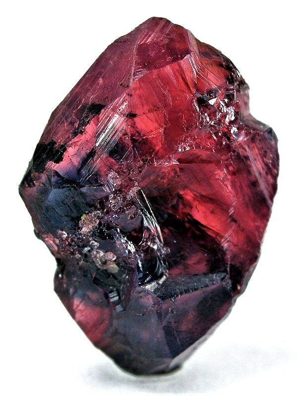 минерал рубин фото каре выглядело актуальным