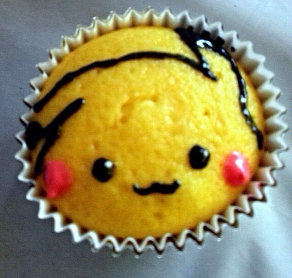 Pikachu cupcakes! Easy to make & totally Adorable.   Want YOUR fav pix featured on my #FanFotoFridays? Send them into me via twitter http://twitter.com/haileybright   Pokemon, birthday, cupcakes, DIY, party, ideas