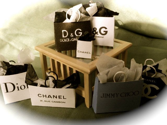branded shopping bags images - photo #15
