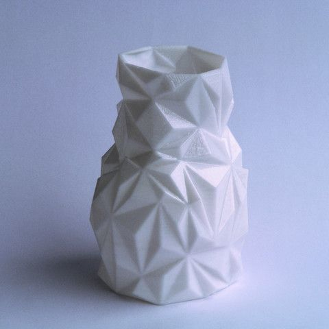 Tachyon Facet Vase #3Dprint #3Dprinting [more pics on Cults website]