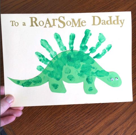to-a-roarsome-dad-fathers-day-handprint-dinosaur-card1