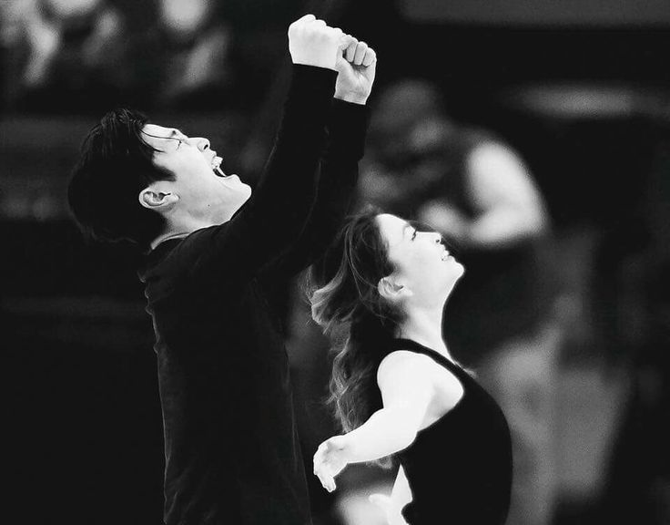 This phot fills my heart with unspeakable joy ❤ I couldn't be more happy for these two incredible individuals. They've worked so hard and gave such a stunning performance at nationals. Congrats Shibsibs, if anyone deserves the national title it's you two. Looking forward to even more beautiful performances. ❤