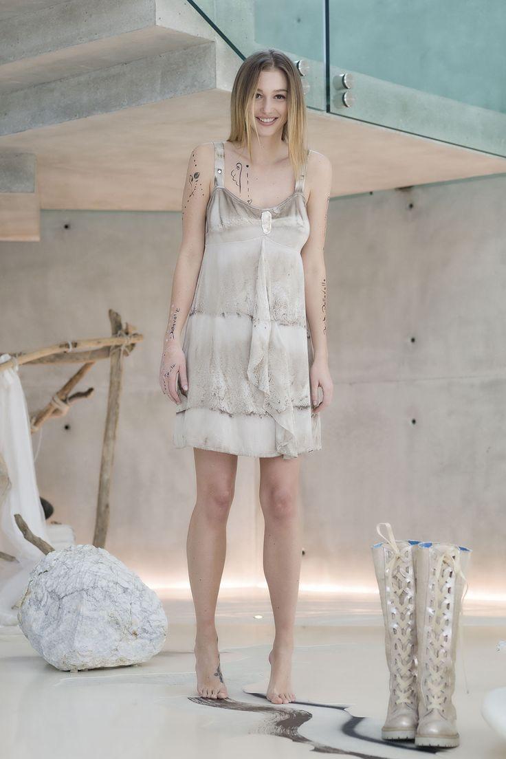 DANIELA DALLAVALLE - Lookbook #collection #danieladallavalle #elisacavaletti #PE17 #woman #boots #dress