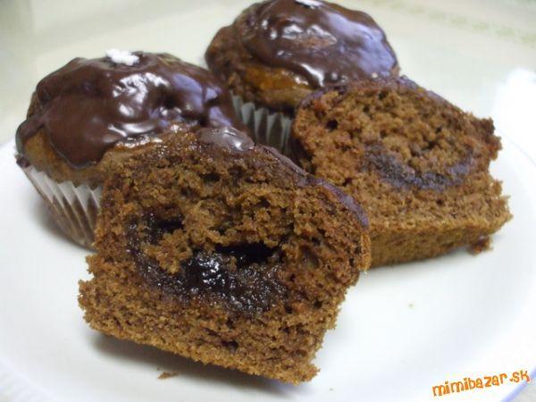 Inšpirovala som sa vynikajúcim Kakaovo-jablkovým koláčom do Janky J. (Janushinka) ID 30839.<br><br>P...