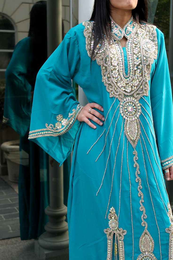 صور عبايات و قفطان عصري Kaftan 2014 #kaftan #abaya #hijab #fashion http://www.a3da.net/photos-abaya-and-modern-kaftan-2014/