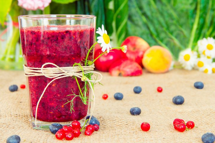 Jennifer Lopez's Berry Berry Good Smoothie Recipe | The Dr. Oz Show | Follow this Dr. Oz Recipe board Now and Make it later! -- Start your day feeling like a star with this A-list smoothie!