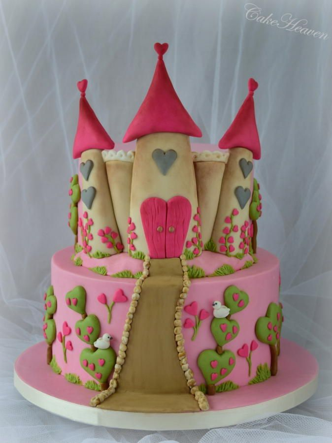 Princess Cake Design Pinterest : 1000+ ideas about Princess Castle Cakes on Pinterest ...