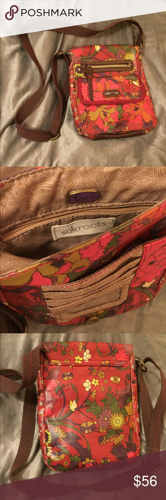 Boho Sakroots Across Body Purse Great weatherproof fabric Good condition, front label looks slightly faded but no rips or tears Sakroots Bags Crossbody Bags