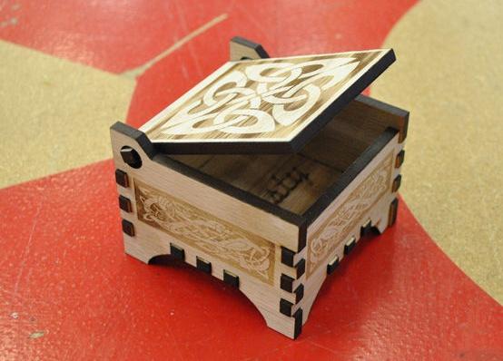 Xmas on a Box , laser cutter, FabLab torino