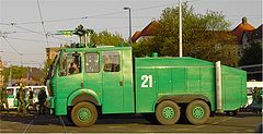 German police water cannon WaWe 9000 content 9000 liter tank