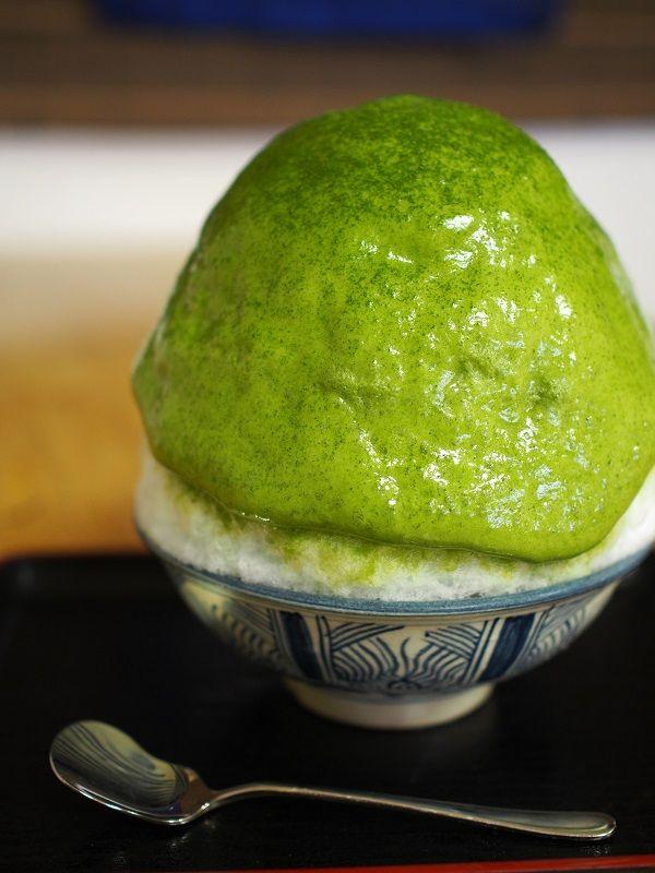 東京の名店かき氷/小池隆介のかき氷あっちこっち食べ歩きvol.1 観光 ... また、探究心の深い店主が3年前に開発して注目されているかき氷がある。エスプーマという食品を泡状にする技法を使ったかき氷だ。