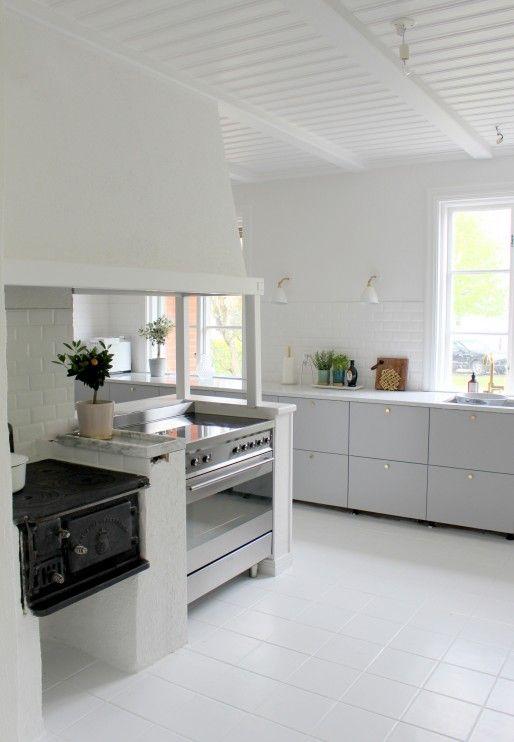 Välkommen in i vårt nya kök