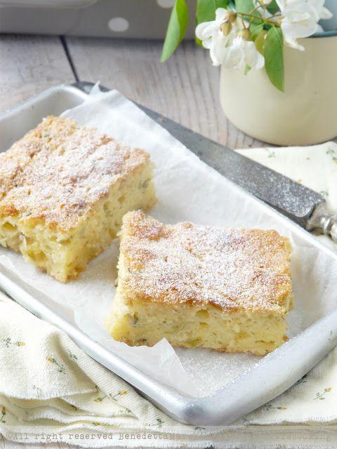 torta di mele e acacia