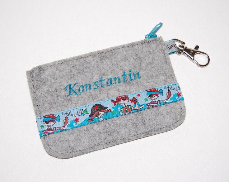 Filz Mini - Geldbörse Piraten mit Namen für Jungs von Gretels Werke auf DaWanda.com
