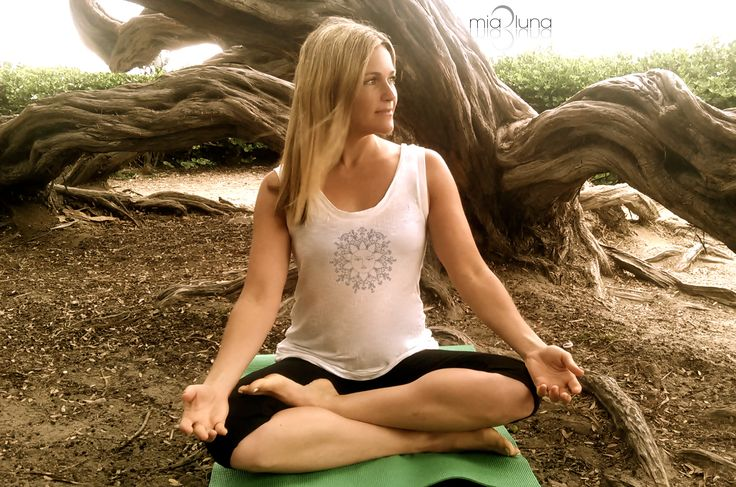 Yoga top on 30Clean founder Heather Hemmer in Mia Luna
