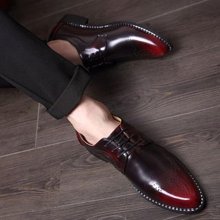Buy Hipsteria Pointy Brogue Oxfords at YesStyle.com! Quality products at remarkable prices. FREE WORLDWIDE SHIPPING on orders over INR 2,600.