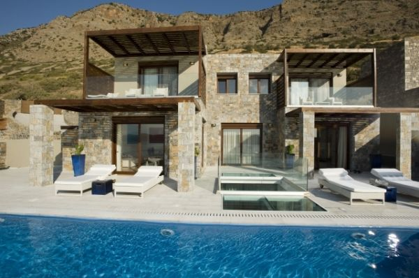 The Renovation is Amazing.. The hideaway in Greece.