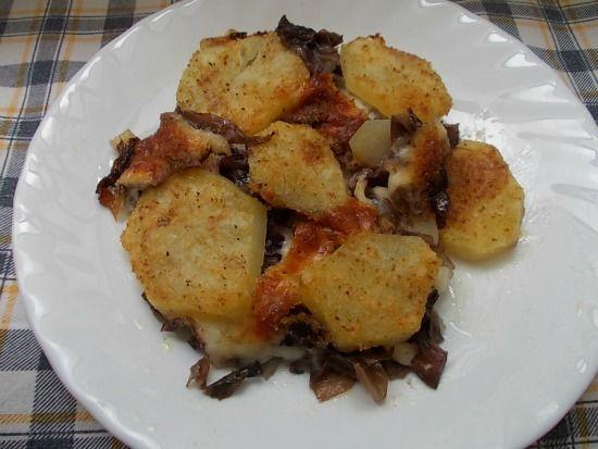 teglia di patate e radicchio al forno