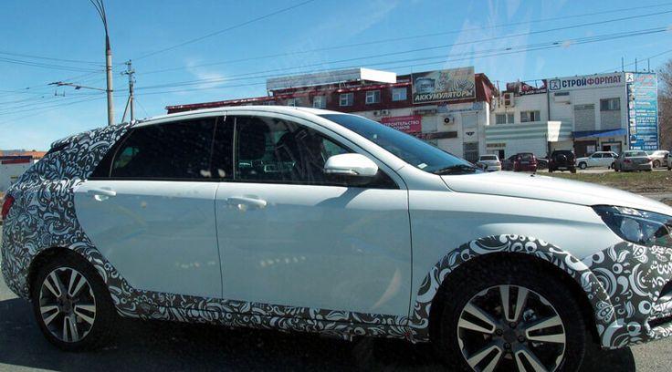 В Тольятти на дорожных тестах замечен универсал LADA Vesta Cross
