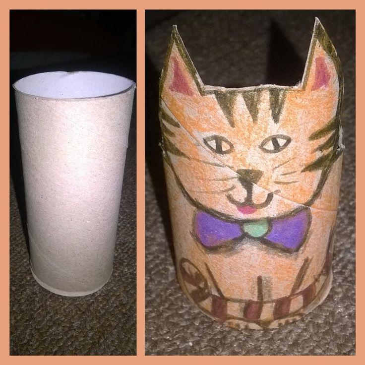 Kočička z roličky od toaletního papíru