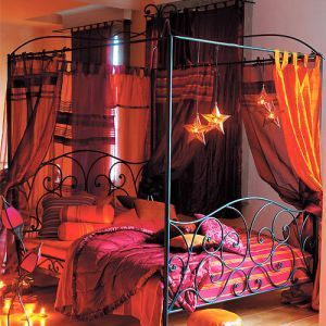 Deciding upon Canopy Bed Curtains « joelcolton