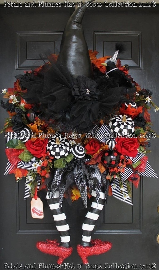 Halloween wreath: Ruby Red, Halloween Witch, Wreath Idea, Wicked Witch, Halloween Wreaths, Witch Wreath