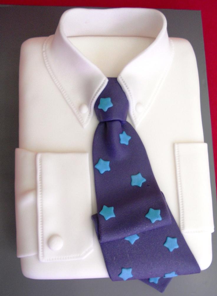 Tarta camisa con corbata