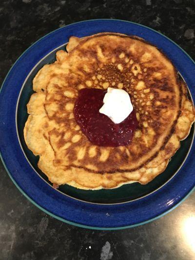 Disse pannekakene er min frokost i dag. De er knallgod og enkle å lage. Du kan du bruke dem både ...